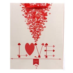 Dísztasak fényes 26 x 32 cm krém/piros szívek